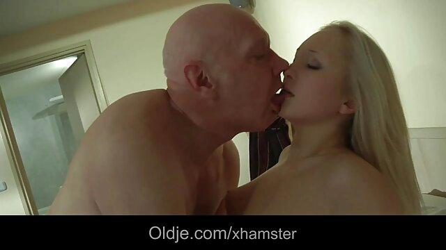 El inolvidable sexo del capitán con sara gay xx la turista Madison Ivy en una lancha rápida